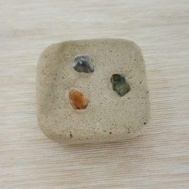 Zubehör: Seifenschale aus Zement viereckig